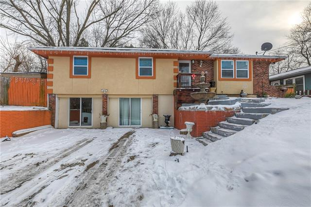 5435 Yecker Avenue Property Photo - Kansas City, KS real estate listing