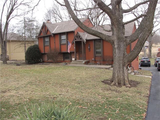 8116 E 99th Street Property Photo - Kansas City, MO real estate listing