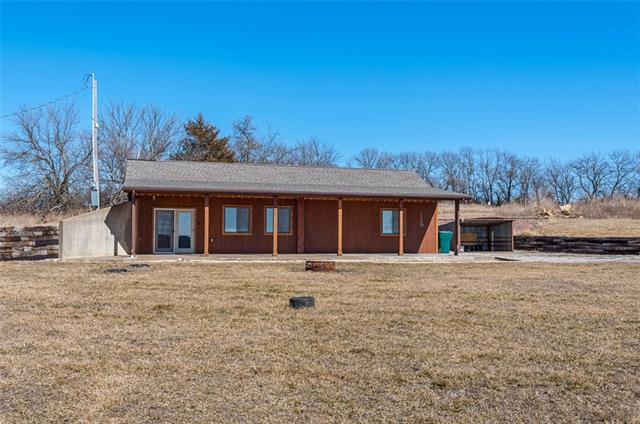 339 Shawnee Terrace Property Photo - Pomona, KS real estate listing