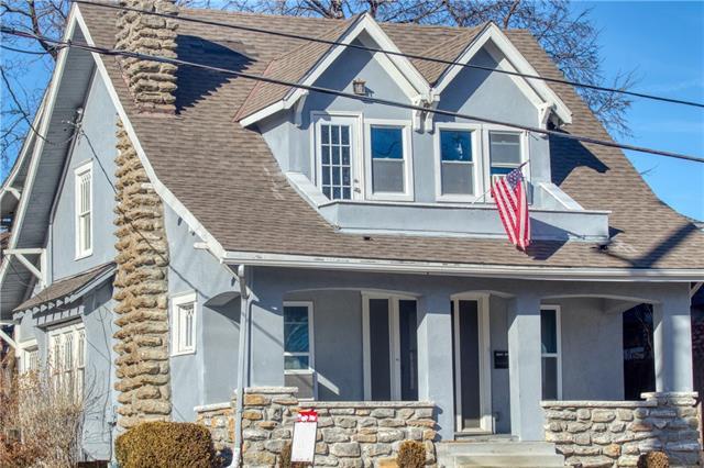 102 E 51 Street Property Photo
