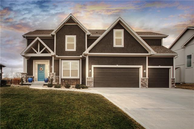 9902 N Smalley Avenue Property Photo - Kansas City, MO real estate listing