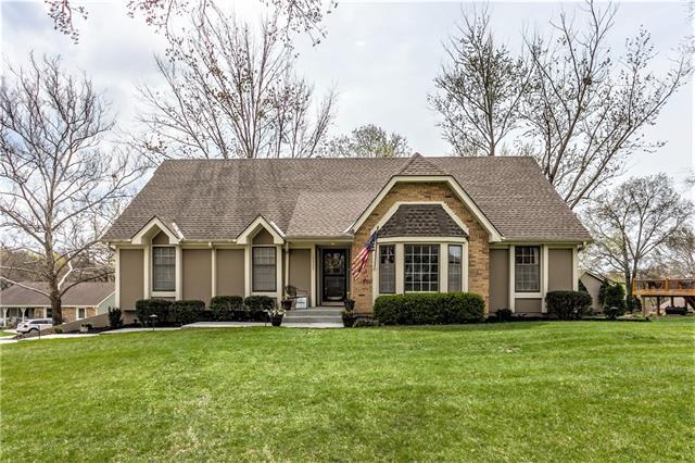 13323 W 80th Terrace Property Photo - Lenexa, KS real estate listing
