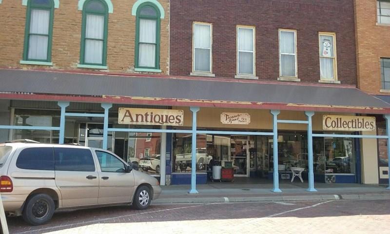 6 & 8 S Main St Street Property Photo