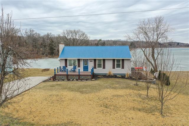 15023 S Beach Front Drive Property Photo - Excelsior Springs, MO real estate listing
