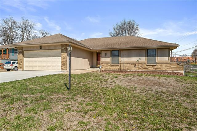6506 Brentwood Court Property Photo - Grandview, MO real estate listing