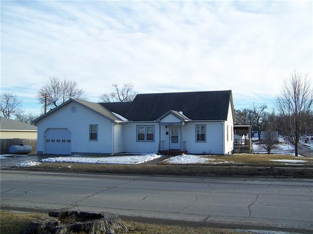 760 Walnut Street Property Photo - Union Star, MO real estate listing