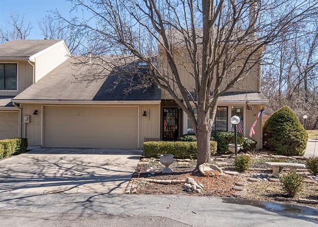12351 Charlotte Street Property Photo - Kansas City, MO real estate listing
