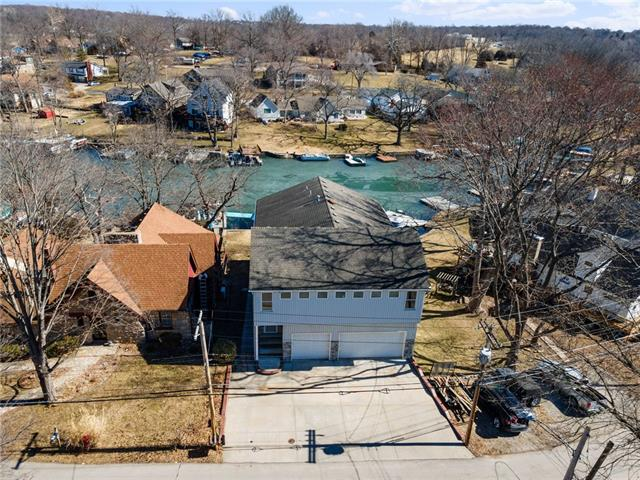 44 Beach Drive Property Photo - Lake Tapawingo, MO real estate listing