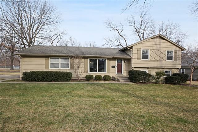 7250 Lowell Drive Property Photo - Overland Park, KS real estate listing