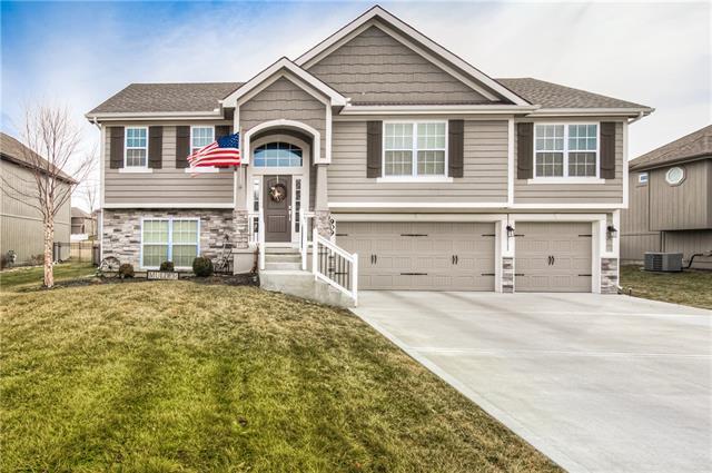 909 Chisam Road Property Photo - Kearney, MO real estate listing