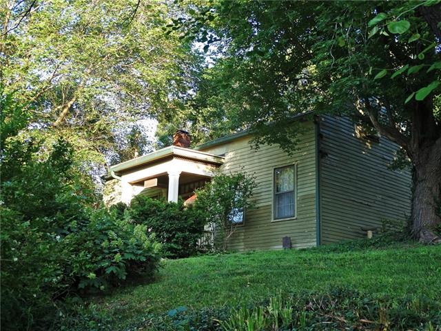 733 Rock Street Property Photo