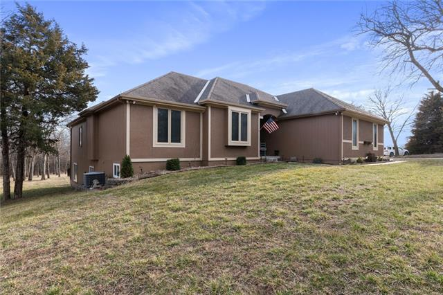 17733 335th Street Property Photo - Paola, KS real estate listing