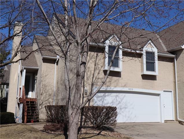 9203 Loiret Boulevard Property Photo - Lenexa, KS real estate listing