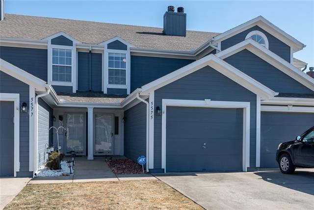 5575 NW Moonlight Meadow Drive Property Photo - Lee's Summit, MO real estate listing