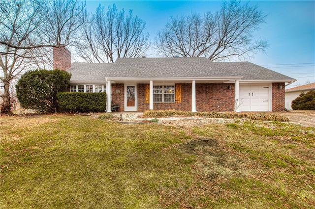 1239 Cherry Street Property Photo - Eudora, KS real estate listing