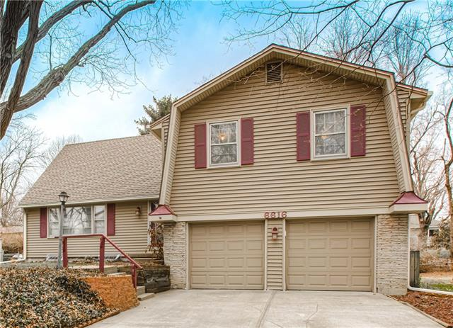 6616 Reeds Drive Property Photo - Mission, KS real estate listing