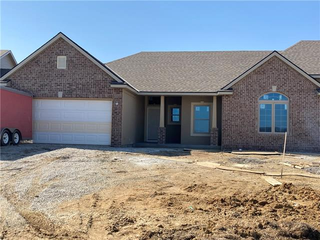 4708 Stonebridge Drive W Property Photo - St Joseph, MO real estate listing