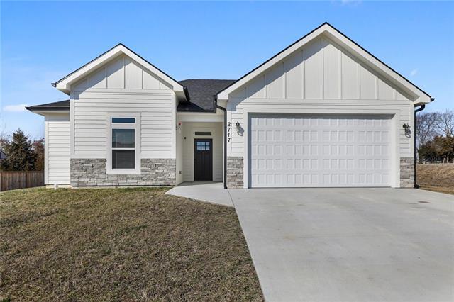 2717 S Fir Terrace Property Photo - Eudora, KS real estate listing