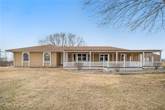 17524 Old BB Highway Property Photo - Holt, MO real estate listing