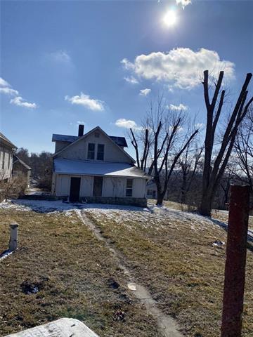 219 Fleeman Street Property Photo - St Joseph, MO real estate listing