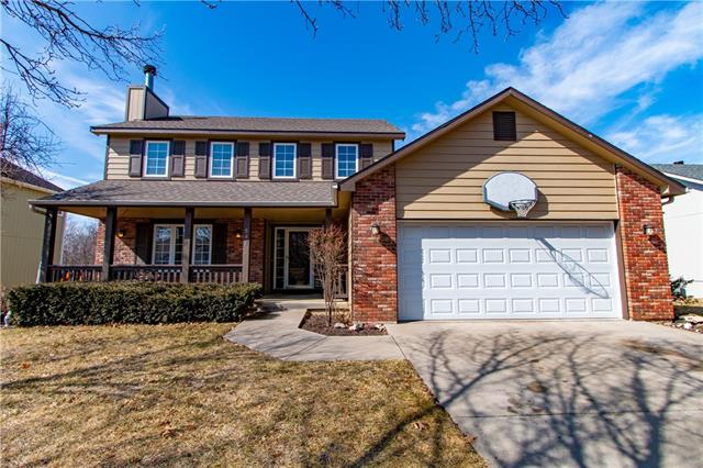 541 Arrowhead Drive Property Photo - Lawrence, KS real estate listing