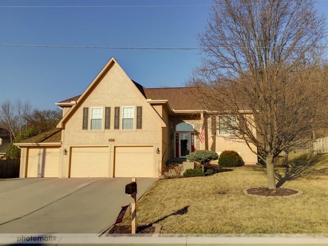 2316 Hebbeln Drive Property Photo - Leavenworth, KS real estate listing