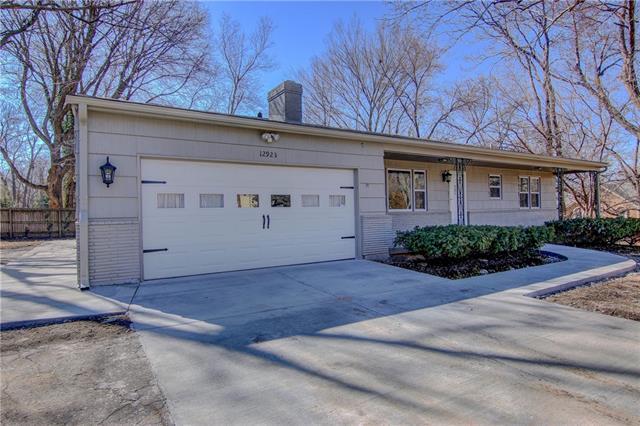 12923 W 79th Street Property Photo - Lenexa, KS real estate listing