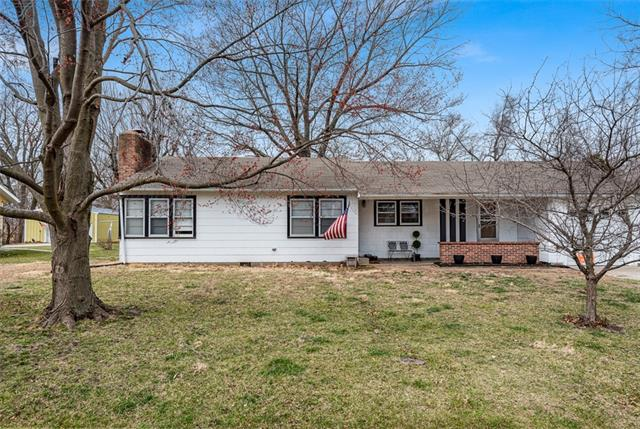 502 Pine Street Property Photo - Wellsville, KS real estate listing