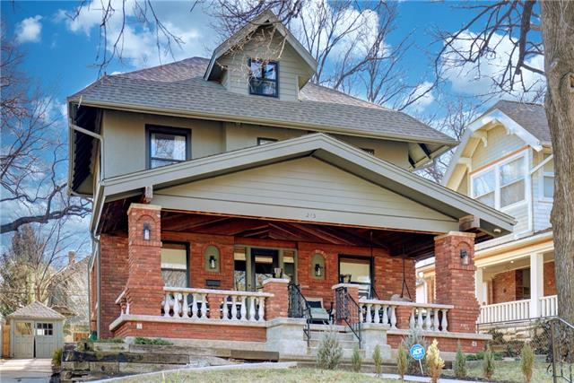 215 W 62nd Street Property Photo - Kansas City, MO real estate listing