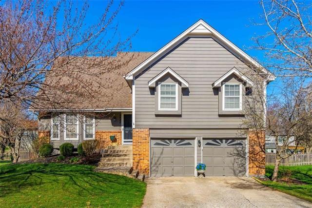 8442 Darnell Street Property Photo - Lenexa, KS real estate listing