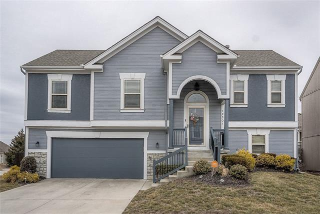 12501 Charlotte Street Property Photo - Kansas City, MO real estate listing