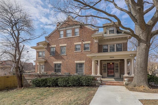 3800 Locust Street Property Photo - Kansas City, MO real estate listing