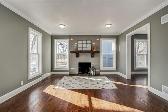 5506 Roe Boulevard Property Photo - Roeland Park, KS real estate listing
