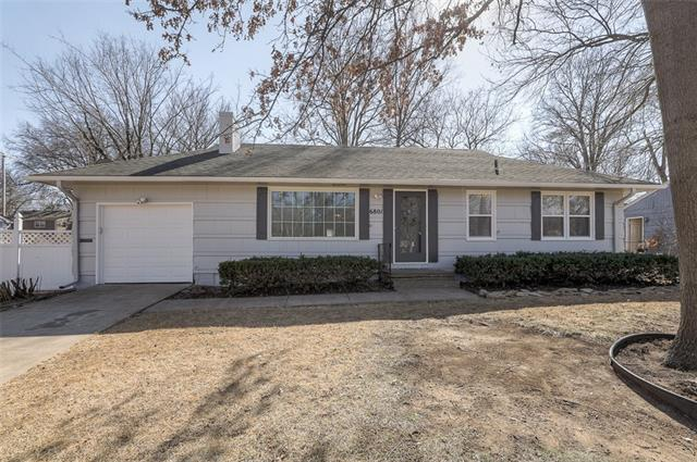 6801 W 72nd Terrace Property Photo - Overland Park, KS real estate listing