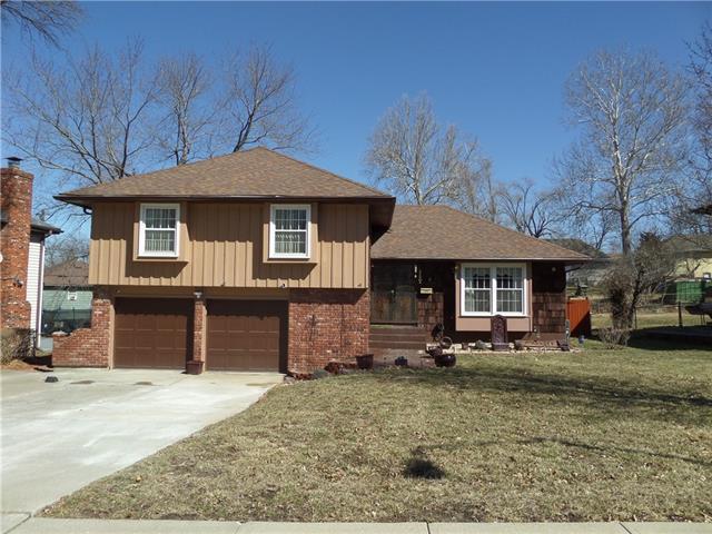 10709 Beacon Avenue Property Photo - Kansas City, MO real estate listing
