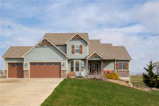 18402 Prairie View Drive Property Photo - Tonganoxie, KS real estate listing