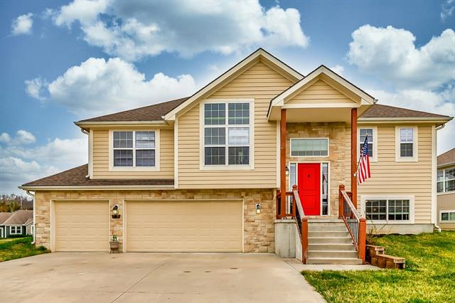 930 S 17th Street Property Photo - Leavenworth, KS real estate listing