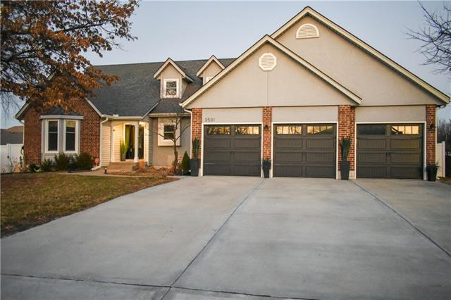 Brooks Farm Real Estate Listings Main Image