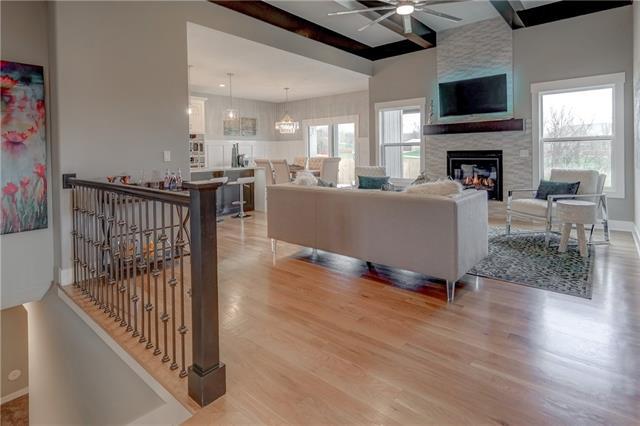 119 E Maple Street Property Photo - Lone Jack, MO real estate listing