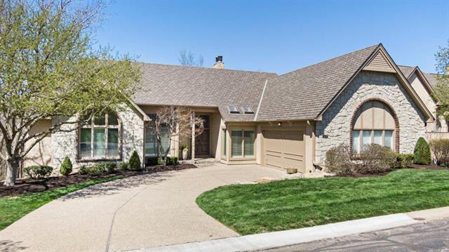 12424 Linden Street Property Photo - Leawood, KS real estate listing