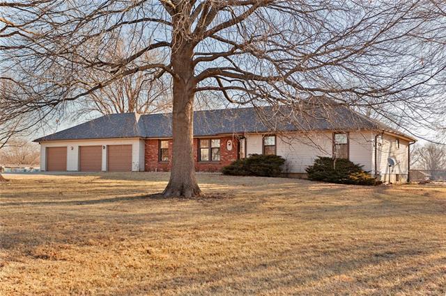 20003 Riggs Street Property Photo - Stilwell, KS real estate listing