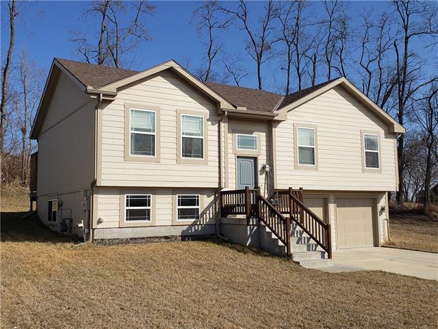 17 Platte Ridge Court Property Photo - Edgerton, MO real estate listing