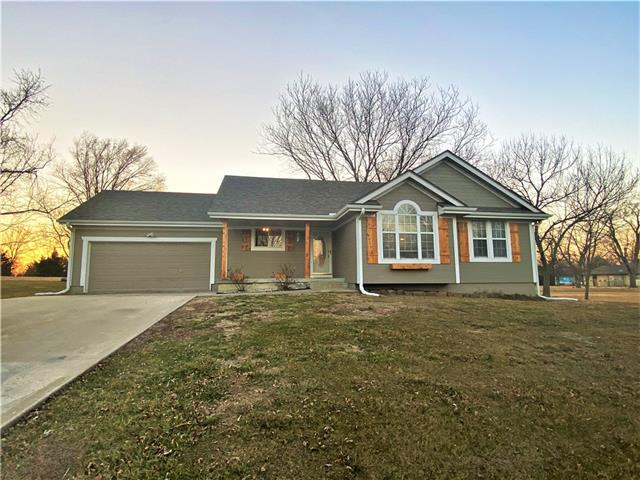809 Beulah Street Property Photo - Garden City, MO real estate listing