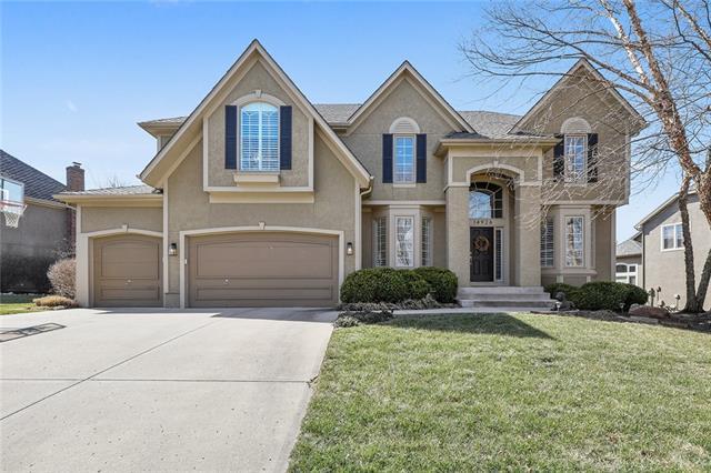 14926 Outlook Lane Property Photo - Overland Park, KS real estate listing
