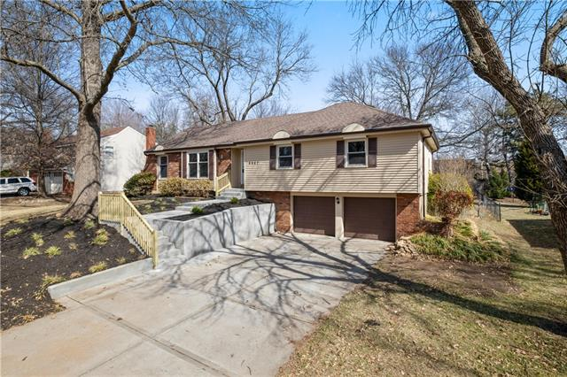 9967 Melrose Street Property Photo - Overland Park, KS real estate listing