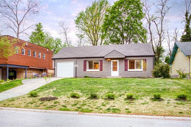 3232 W Coleman Road Property Photo - Kansas City, MO real estate listing