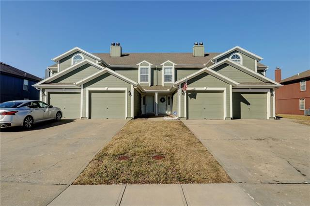 5576 NW Moonlight Meadow Drive Property Photo - Lee's Summit, MO real estate listing