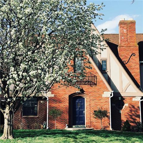 2335 N Circle Drive Property Photo - St Joseph, MO real estate listing