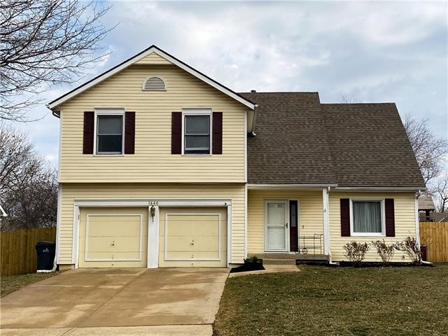 1660 N Sunset Street Property Photo - Olathe, KS real estate listing