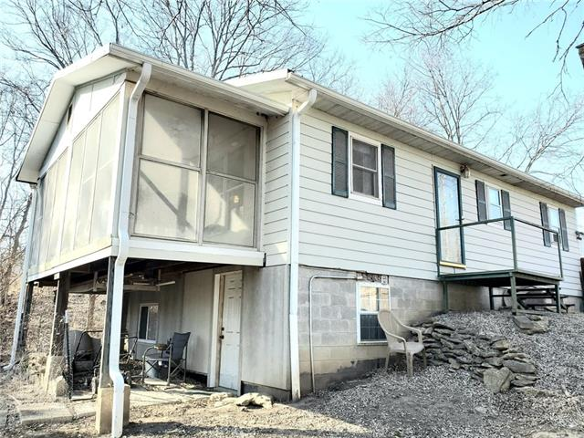 17675 E 1850 Road Property Photo - Lacygne, KS real estate listing